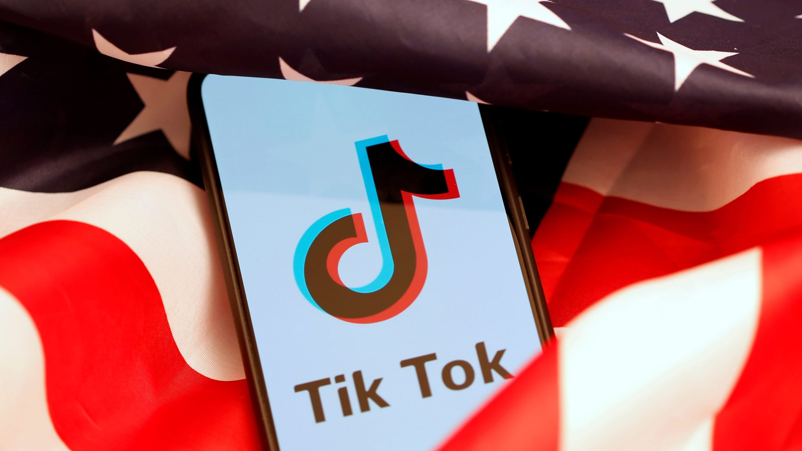 Trump pushes the TikTok ban
